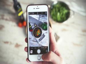 Chụp sản phẩm bằng iphone